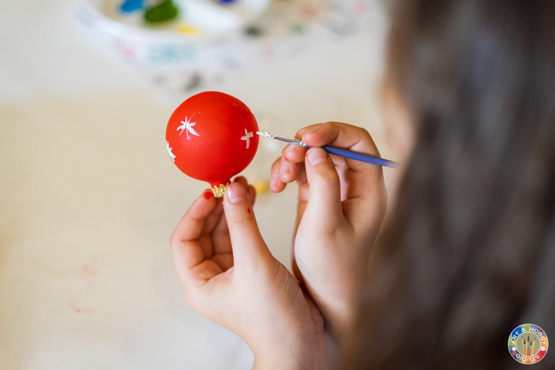 atelier de craciun online pictura pe globuri